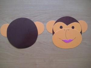 морда и задняя часть сумочки обезьяны