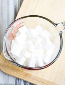 основа для мыла кубиками в стакане для плавки