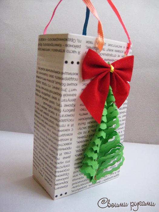 Сумка бумажная подарочная новогодняя