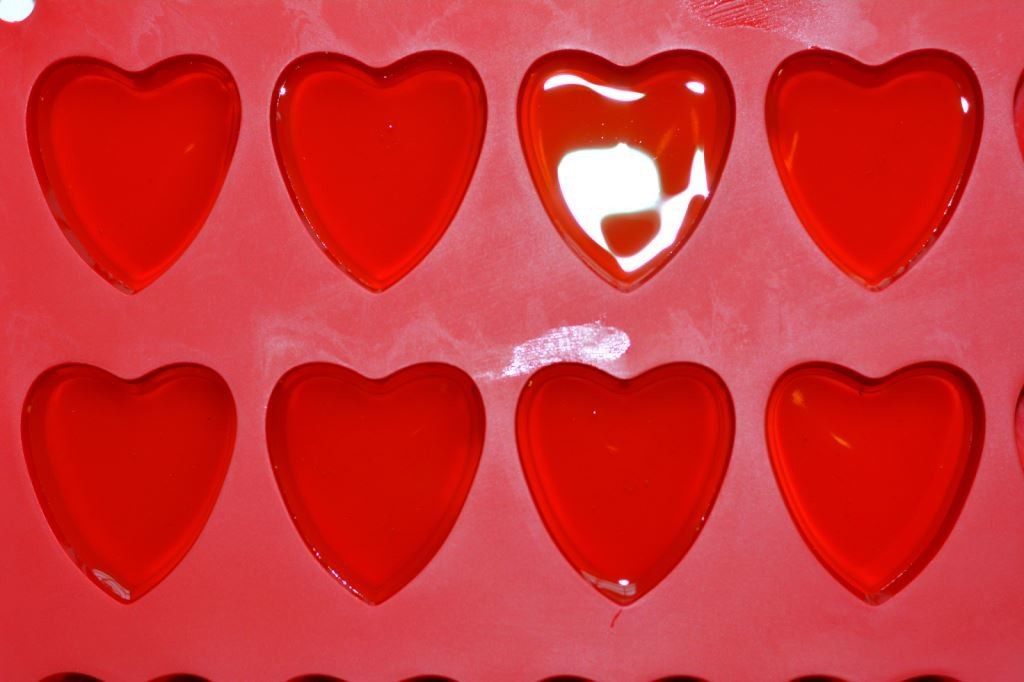 heart-shape-mold-valentines-day