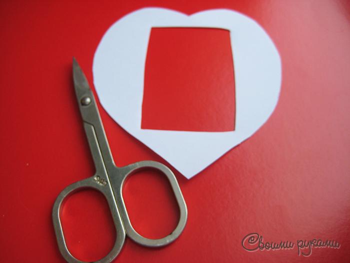 Шаблон подарочной упаковки в виде сердца