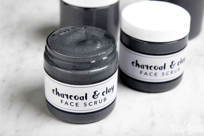 Charcoal-and-Clay-Scrub-DIY